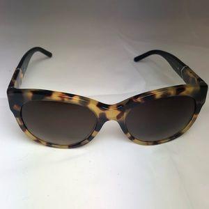 Burberry sunglasses